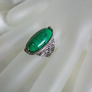 Jewelry - new stainless steel & green stone ring